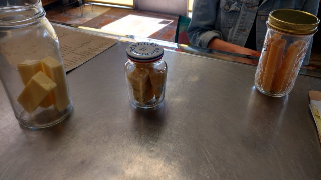 jar cheese